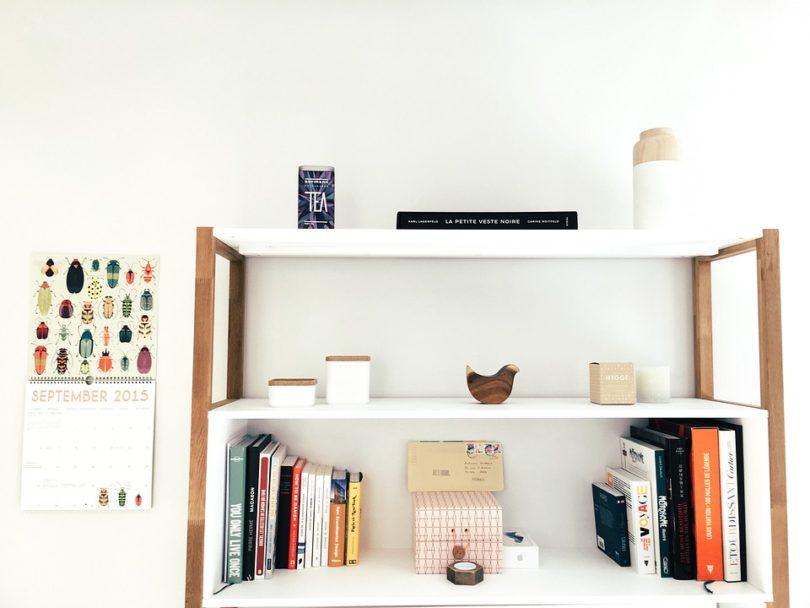comment fabriquer une tag re murale design obsession. Black Bedroom Furniture Sets. Home Design Ideas
